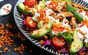 Crunchy mussel salad