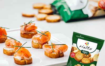 Canapés de crema de queso y salmón