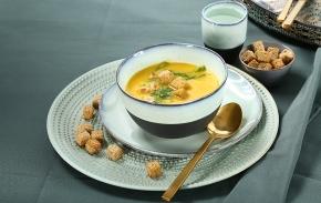 Sopa de cenoura e espargos